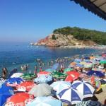 Pláž Sutomore - hrobečky :-)